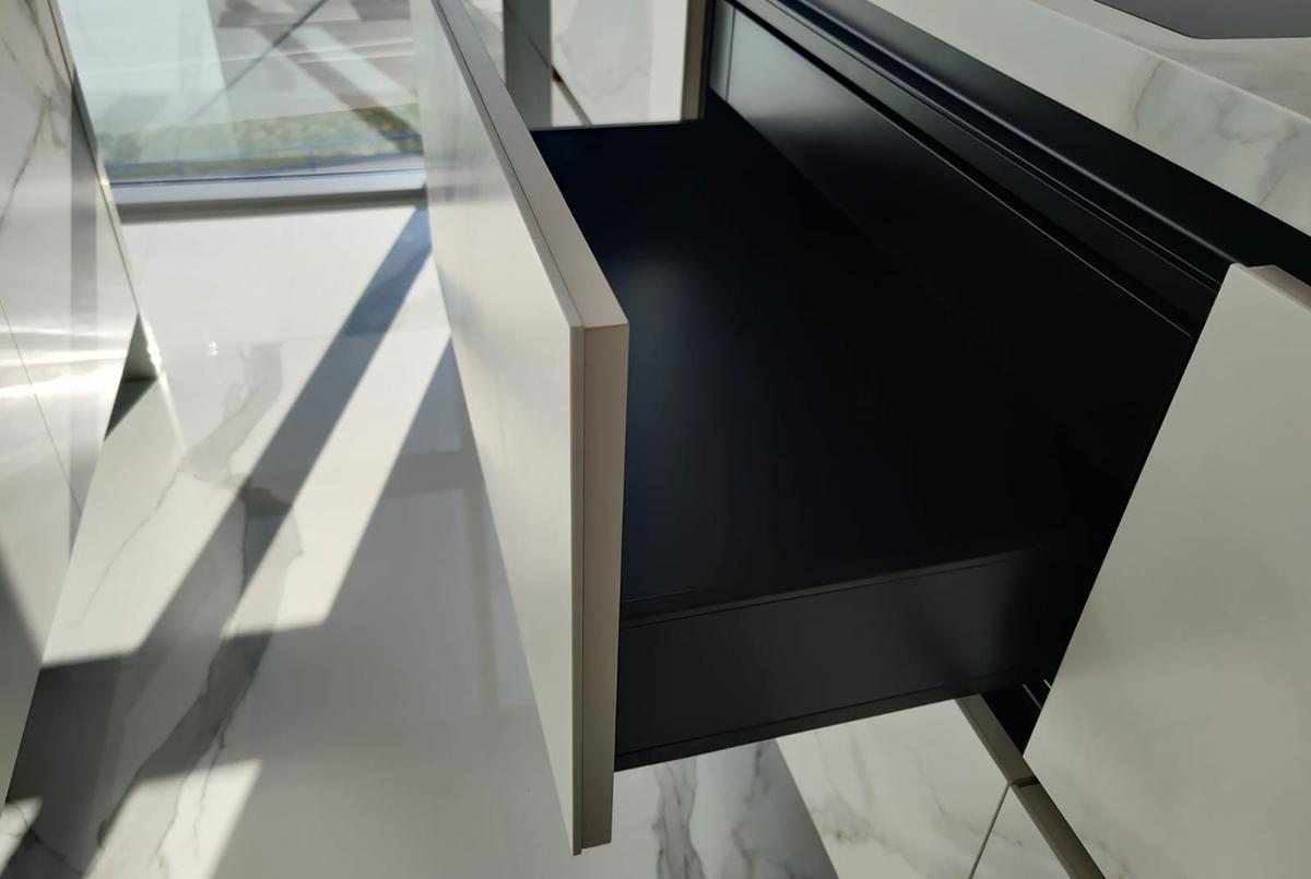 Kimi Croazia Laminam Effect Calacatta Michelangelo Lucidato e Soft Touch_4(1200 x 805)